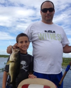 Lake Okeechobee bass fishing 888-629-2277