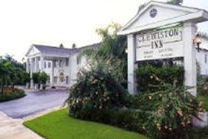Clewiston Inn - Lake Okeechobee Fishing Host